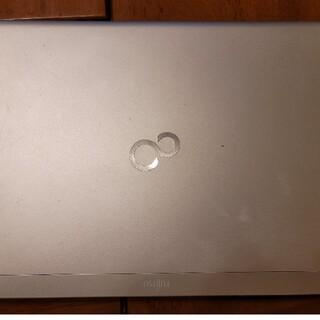フジツウ(富士通)のLifeBook UH55/H Ram4G HDD500GB Windows10(ノートPC)