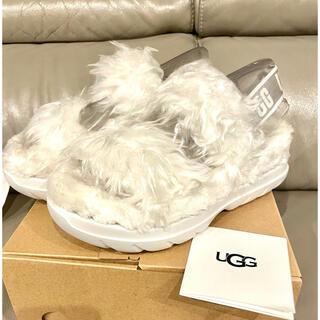 UGG - 定価1.9万 今季新作UGG アグレディース フラッフ シュガーサンダル24cm