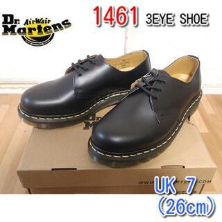 ドクターマーチン(Dr.Martens)のドクターマーチン UK7 1461 3ホール 3EYE シューズ 黒 くろ  (ブーツ)