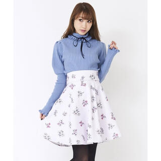 ティティアンドコー(titty&co)の花柄 スカート(ひざ丈スカート)