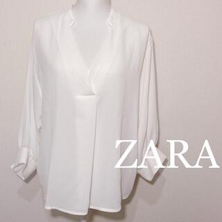 ZARA - ZARA バックボタン ホワイト ロングスリーブ ブラウス 長袖