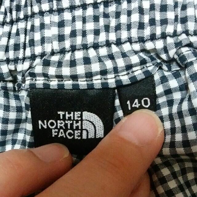 THE NORTH FACE(ザノースフェイス)のTHE NORTH FACE 140チェックハーフパンツ キッズ/ベビー/マタニティのキッズ服男の子用(90cm~)(パンツ/スパッツ)の商品写真