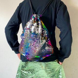 トーガ(TOGA)のレインボー dead stock インポート ラメ スパンコール 巾着バッグ(リュック/バックパック)