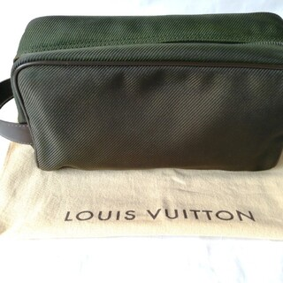 ルイヴィトン(LOUIS VUITTON)のLOUISVUITTON ルイヴィトン タイガ グリーン バッグ ポーチ(セカンドバッグ/クラッチバッグ)