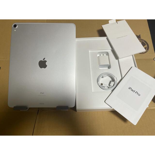 iPad(アイパッド)のiPad Pro 12.9 64GB 第三世代 2018年モデル 本体 シルバー スマホ/家電/カメラのPC/タブレット(タブレット)の商品写真