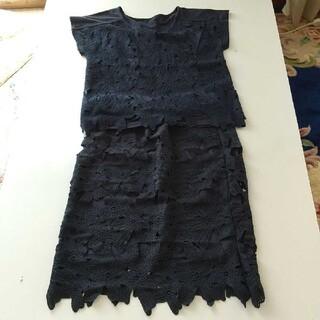 レーススカートスーツ(ひざ丈スカート)