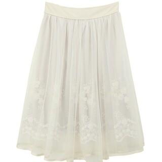 アクシーズファム(axes femme)のaxes femme花刺繍チュールスカート(ひざ丈スカート)