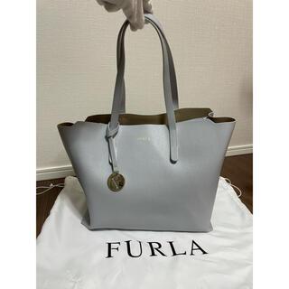 Furla - 【ほぼ未使用極美品 訳あり】FURLA サリー M 袋付き