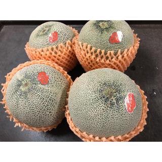 茨城県 赤肉メロン4玉入り 箱込み7kg(フルーツ)