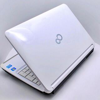 フジツウ(富士通)の富士通 ノートPC ライフブック WEBカメラ ブルーレイ ホワイト(ノートPC)
