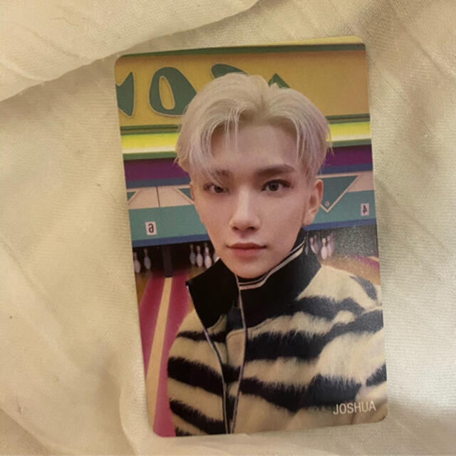 SEVENTEEN(セブンティーン)のジョシュア トレカ seventeen エンタメ/ホビーのCD(K-POP/アジア)の商品写真