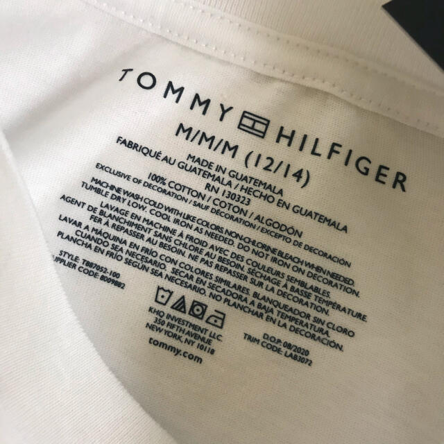 TOMMY HILFIGER(トミーヒルフィガー)の【新品タグ付き】 トミーヒルフィガー グラフィックプリントTシャツ150 キッズ/ベビー/マタニティのキッズ服男の子用(90cm~)(Tシャツ/カットソー)の商品写真