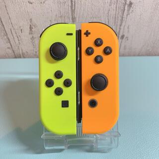 ほぼ未使用品人気カラー オレンジ イエロー Switch 左右セット ジョイコン(その他)