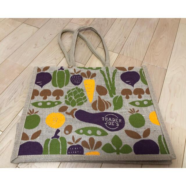 トレーダージョーズ 麻 エコバッグ トートバッグ 新品 野菜 レディースのバッグ(エコバッグ)の商品写真