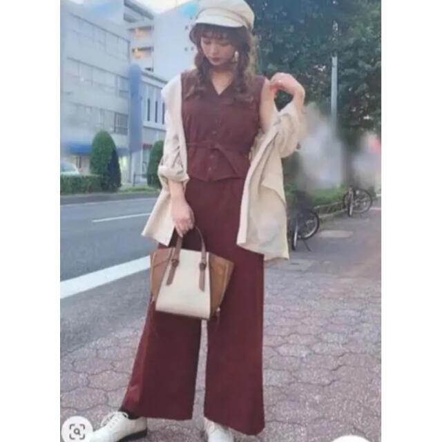 Ameri VINTAGE(アメリヴィンテージ)のVEST ALL IN ONE  アメリ ameri レディースのパンツ(オールインワン)の商品写真