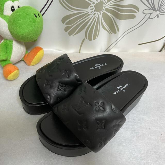 LOUIS VUITTON(ルイヴィトン)の試着のみ Louis Vuitton ジャンボ・ライン ミュール サンダル 37 レディースの靴/シューズ(ミュール)の商品写真