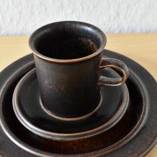 アラビア(ARABIA)の【RS2105-M1】アラビア ルスカ  コーヒーカップSモデル トリオ1セット(グラス/カップ)