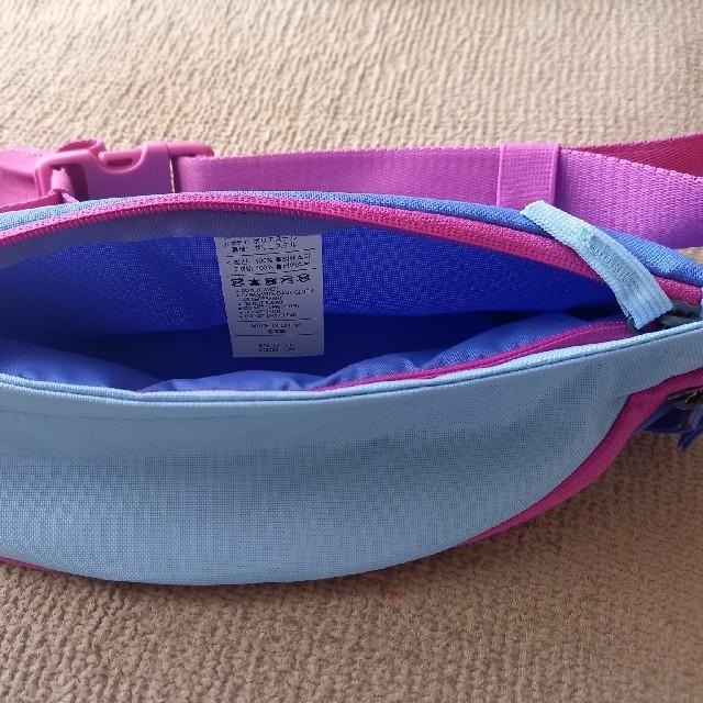 NIKE(ナイキ)のお値引き☆未使用!ナイキ ウエストポーチ ボディバッグ レディースのバッグ(ボディバッグ/ウエストポーチ)の商品写真