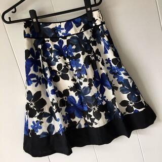 エニィスィス(anySiS)の●anysis●フレアスカート 花柄●サイズ 1(ひざ丈スカート)