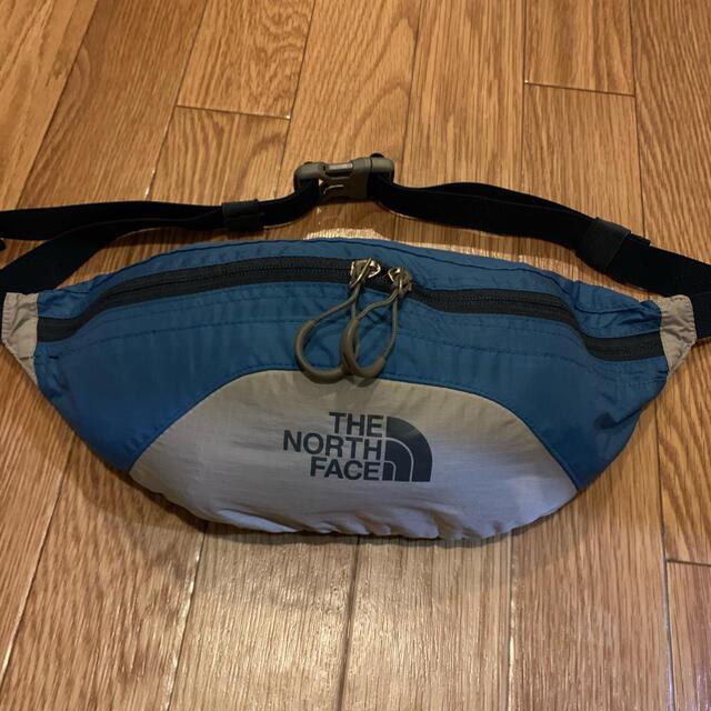 THE NORTH FACE(ザノースフェイス)のTHE NORTH FACEウェストバッグ【ユニセックス⠀】 レディースのバッグ(ボディバッグ/ウエストポーチ)の商品写真