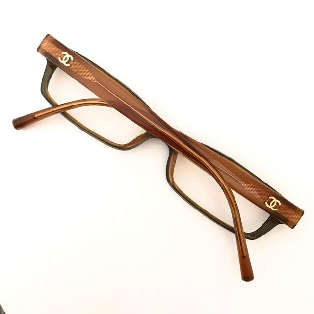 CHANEL(シャネル)のシャネル 黒×ブラウン バイカラー ココ メガネ お洒落☆3013 人気デザイン レディースのファッション小物(サングラス/メガネ)の商品写真