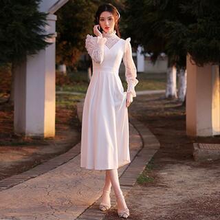 ウエディングドレス ブライダルドレス 結婚式 長袖 Vネック スリム Aライン(ウェディングドレス)