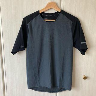 ナイキ(NIKE)のナイキ テックパック ハイブリッドS/Sトップ (S)(Tシャツ/カットソー(半袖/袖なし))