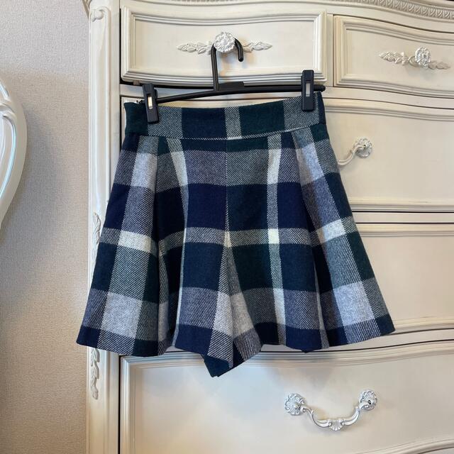 BURBERRY BLUE LABEL(バーバリーブルーレーベル)のブルーレーベルクレストブリッジ レディースのスカート(ひざ丈スカート)の商品写真