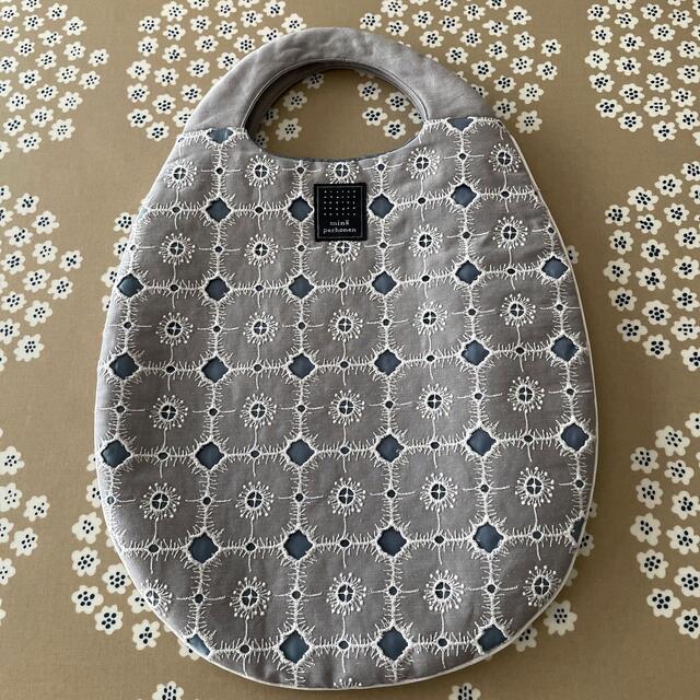 mina perhonen(ミナペルホネン)のミナペルホネン エッグバッグ アネモネ  レディースのバッグ(ハンドバッグ)の商品写真