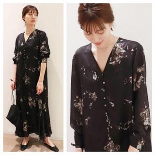 Plage - 人気完売品 Plage  Calm flower ドレス ワンピース