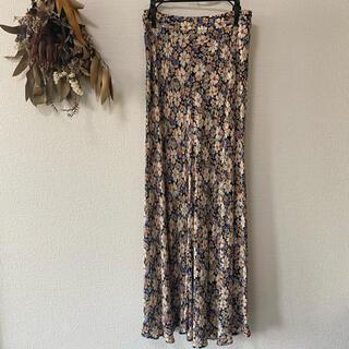 ザラ(ZARA)のZARA 大人気 花柄 スカート(ロングスカート)