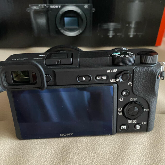 SONY(ソニー)のSONY ミラーレス一眼 α6400 レンズキット  スマホ/家電/カメラのカメラ(ミラーレス一眼)の商品写真