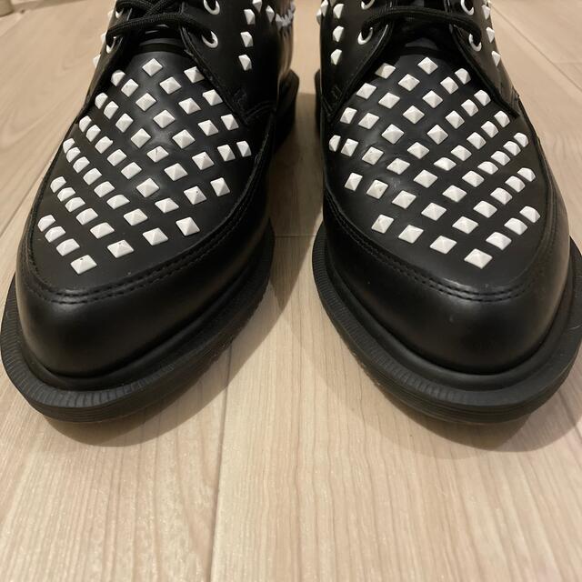 Dr.Martens(ドクターマーチン)のドクターマーチン 3ホール CORE ROUSDEN スタッズクリーパー メンズの靴/シューズ(ドレス/ビジネス)の商品写真