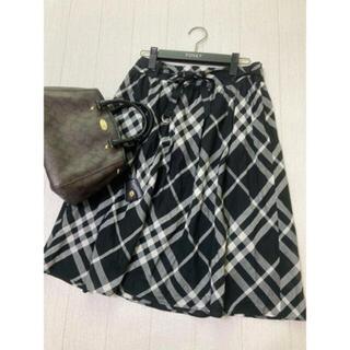 バーバリー(BURBERRY)の美品 バーバリー ロンドン スカート チェック ブラック 黒(ひざ丈スカート)