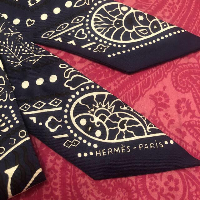 Hermes(エルメス)のエルメスツイリー❤️バンダナ柄ネイビー レディースのファッション小物(バンダナ/スカーフ)の商品写真