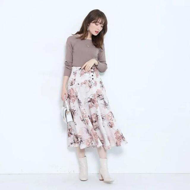 Apuweiser-riche(アプワイザーリッシェ)のApuweiser-riche プリントフラワースカート レディースのスカート(ひざ丈スカート)の商品写真