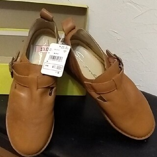 新品タグ付き アテンション天然皮革 レディース革靴