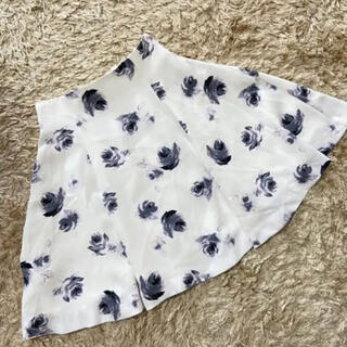 トランテアンソンドゥモード(31 Sons de mode)の花柄スカート トランテアン ソン ドゥ モード(ひざ丈ワンピース)