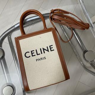 セリーヌ(celine)のミニ バーティカル カバ CELINE /ロゴ入りキャンバス & カーフスキン(トートバッグ)
