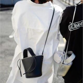 ayako Pottery Bag/Black