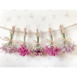 3種のバラのピンクドライフラワーガーランド♡スワッグ♡ミニブーケ♡壁掛け(ドライフラワー)