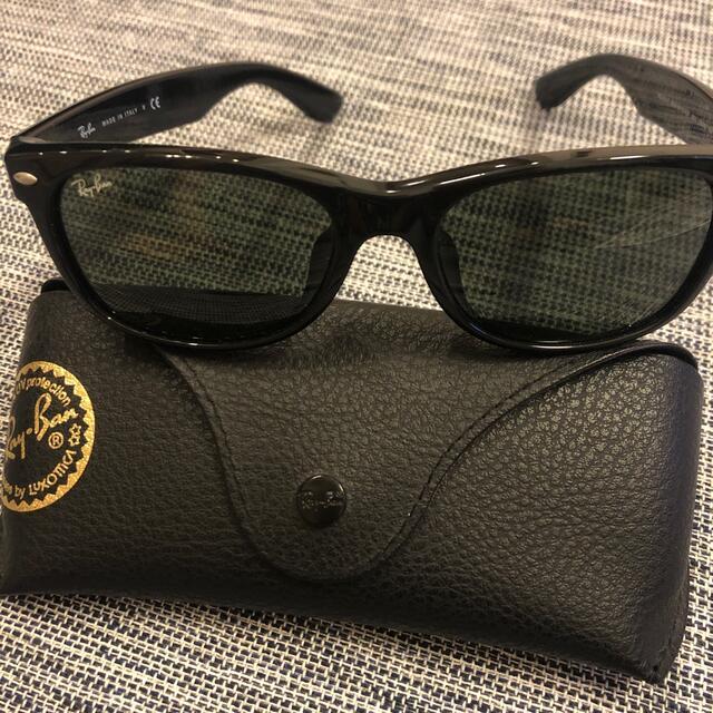 Ray-Ban(レイバン)のレイバンニューウェイファーラーRB2132F メンズのファッション小物(サングラス/メガネ)の商品写真
