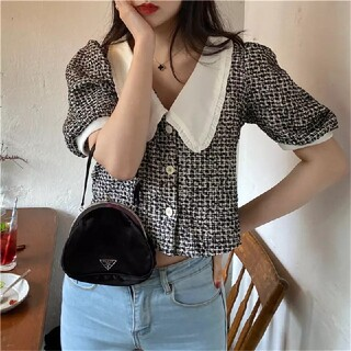 ゴゴシング(GOGOSING)の韓国 スエード調 半袖 ブラック 黒 襟付き(シャツ/ブラウス(半袖/袖なし))