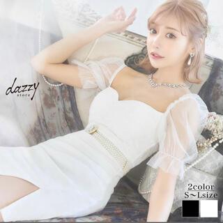デイジーストア(dazzy store)のdazzy store明日花キララ着用ビジューパールベルト付きチュール袖ドレス(ミニドレス)