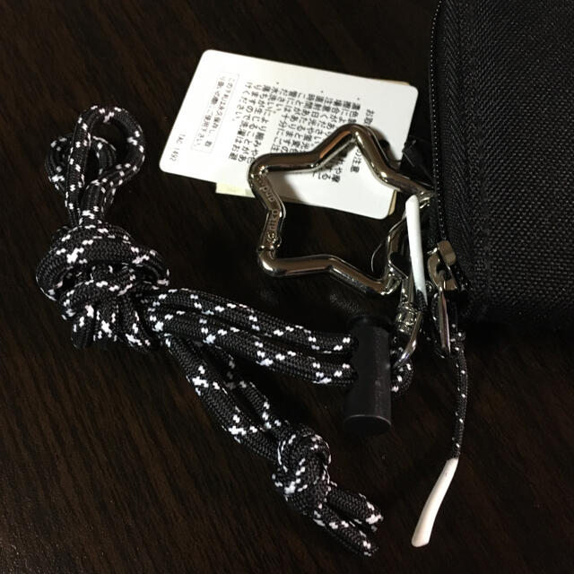 niko and...(ニコアンド)のniko and ... /オリジナルストラップ 二つ折りサイフ 新品未使用品  レディースのファッション小物(財布)の商品写真