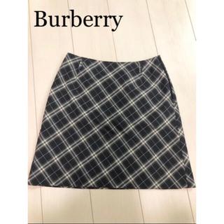 バーバリーブルーレーベル(BURBERRY BLUE LABEL)の定番 Burberry Blue label 上品な膝丈 チェック スカート(ひざ丈スカート)