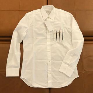 Maison Martin Margiela - 【約5万・新品】メゾン マルジェラ シャツ39(ホワイト・胸ポケット柄加工)