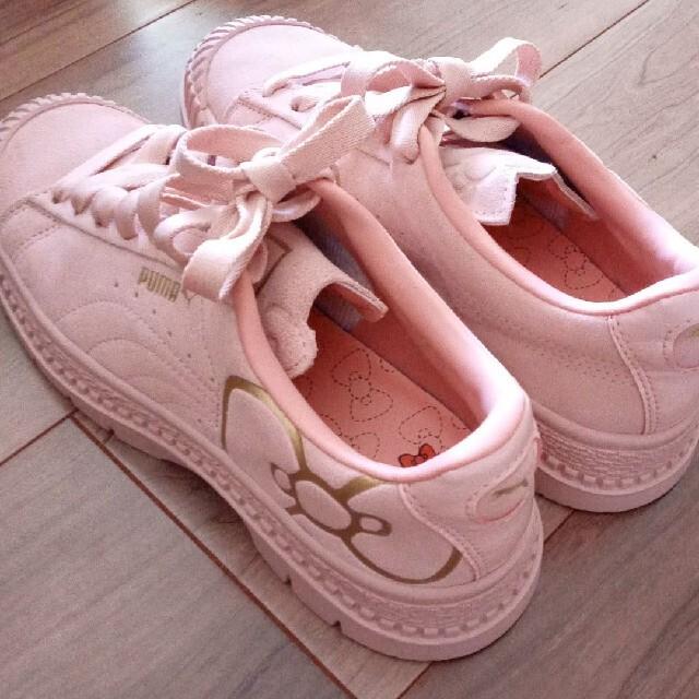 PUMA(プーマ)のPUMA&HELLO KITTY コラボスニーカー レディースの靴/シューズ(スニーカー)の商品写真
