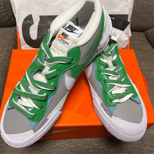 NIKE(ナイキ)のナイキ × sacai ブレーザー LOW メンズの靴/シューズ(スニーカー)の商品写真