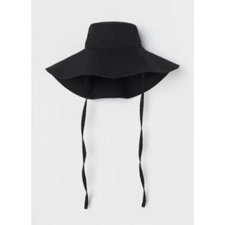 H&M - 新品タグ付き H&M エイチアンドエム 黒のつばが広いコットンサンハット M56